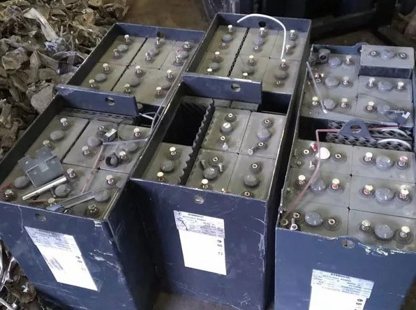прием аккумуляторов ELN 136 Ah  НК Герм HKS 100 в пунктах приема Тимур С в Москве и области 89057121538