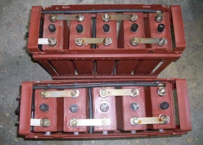 сдать аккумуляторы ELN 136 Ah  НК Герм HKS 100 в пунктах приема Тимур С в Москве и области 89057121538
